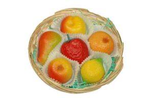 Fruit in mandje